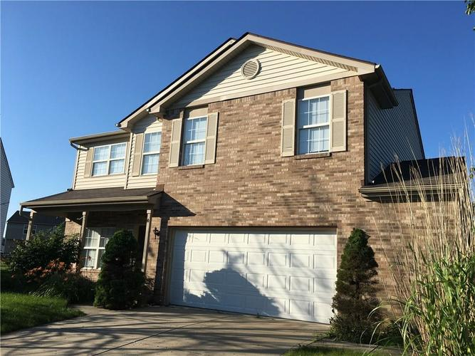 1131 Chateaugay Court Whiteland, IN 46184 | MLS 21651483 | photo 1