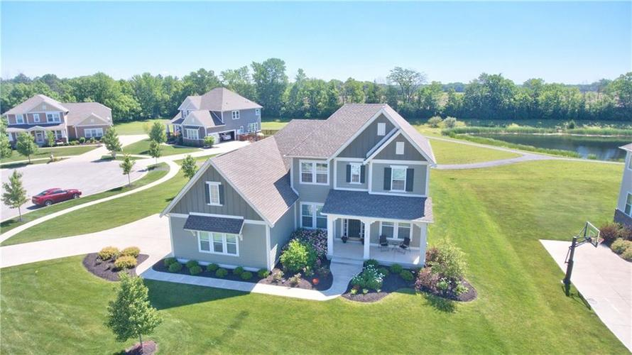 3565  Old Quarry Drive Zionsville, IN 46077 | MLS 21651573
