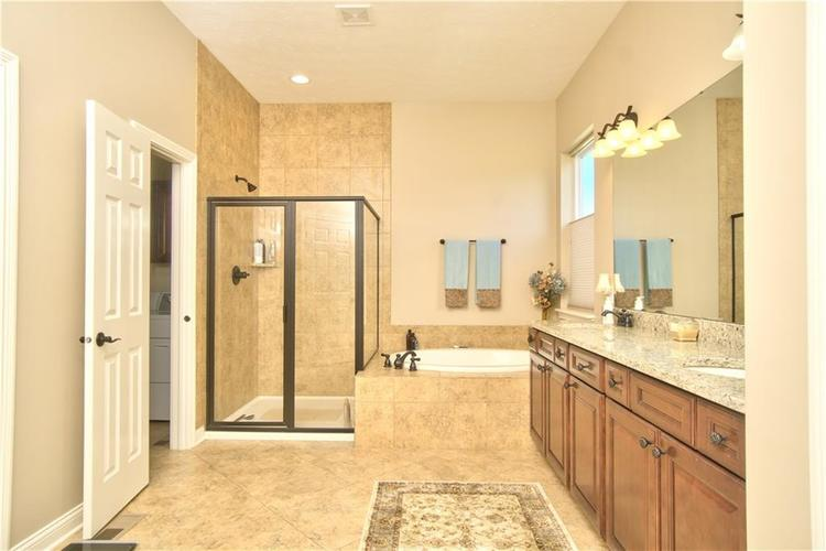3565 Old Quarry Drive Zionsville, IN 46077 | MLS 21651573 | photo 23