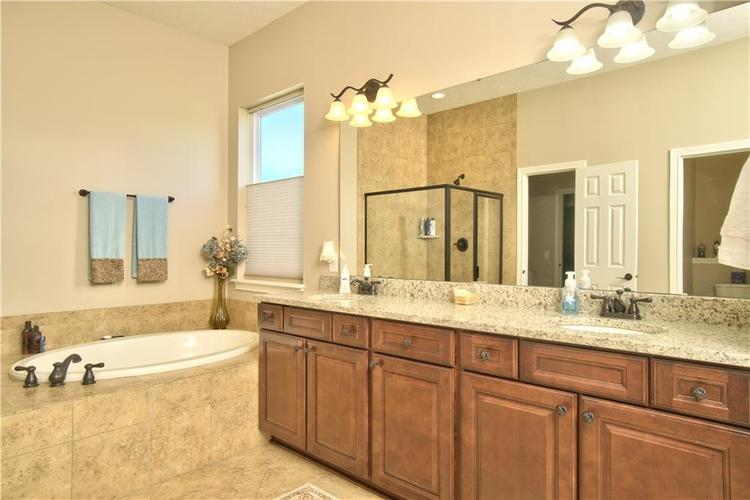 3565 Old Quarry Drive Zionsville, IN 46077 | MLS 21651573 | photo 24