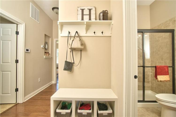 3565 Old Quarry Drive Zionsville, IN 46077 | MLS 21651573 | photo 28