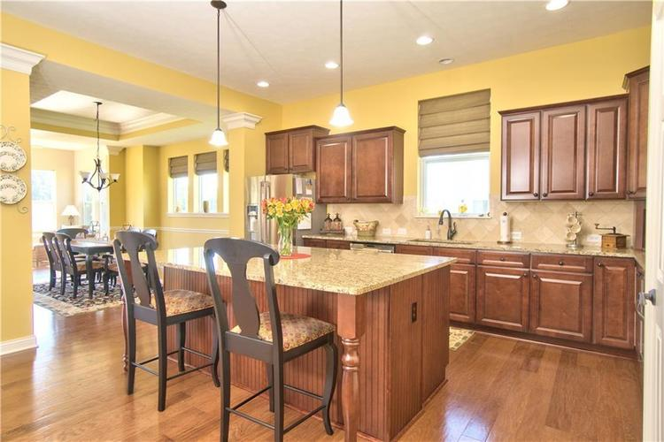 3565 Old Quarry Drive Zionsville, IN 46077 | MLS 21651573 | photo 3