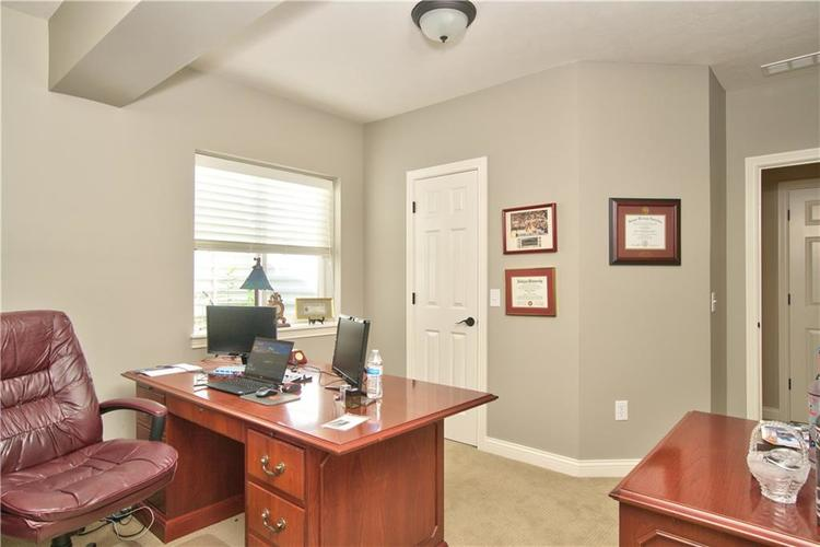 3565 Old Quarry Drive Zionsville, IN 46077 | MLS 21651573 | photo 32