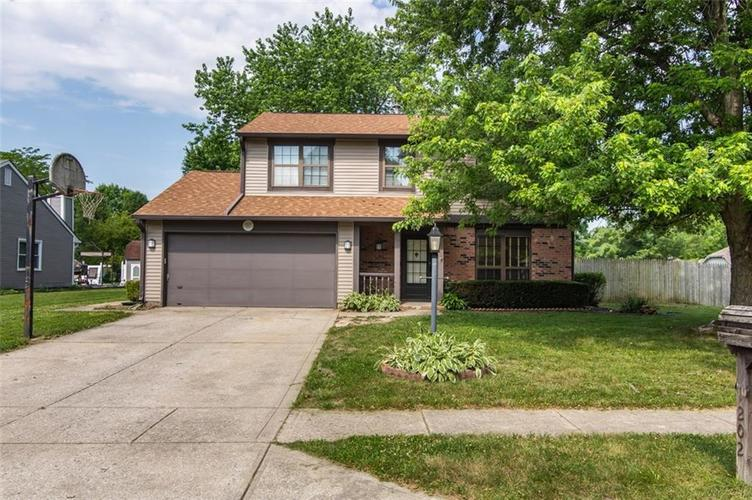 1202 Briarwood Drive Brownsburg, IN 46112 | MLS 21651604 | photo 1