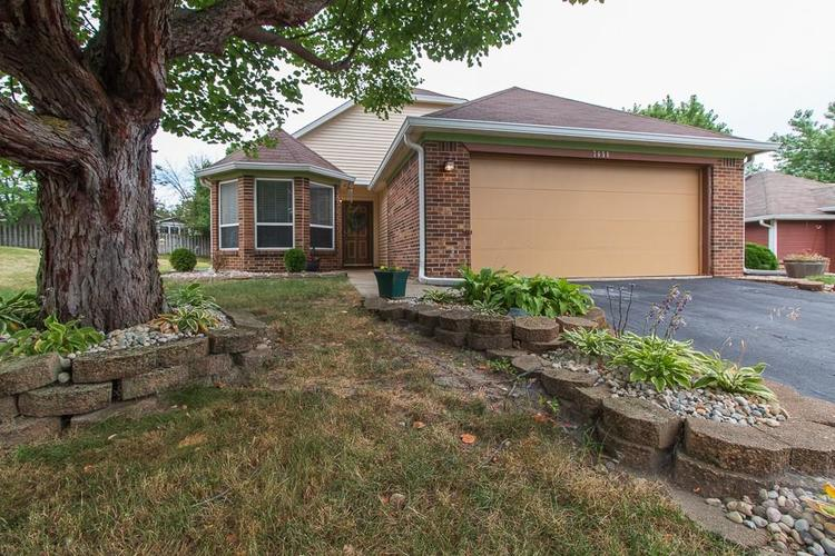 7658  Trophy Club Drive Indianapolis, IN 46214 | MLS 21651659