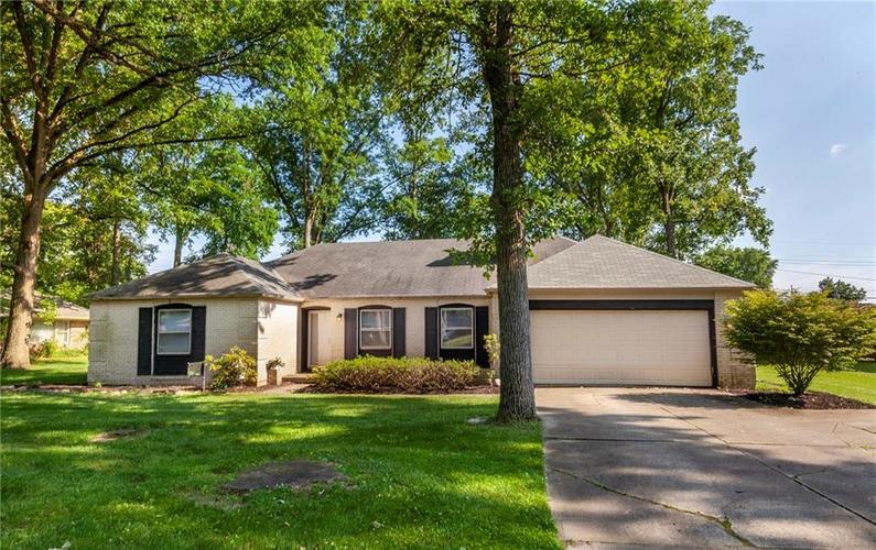 2427 Shady Lane Anderson, IN 46011 | MLS 21651671 | photo 1