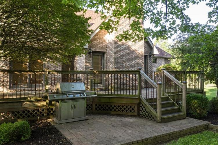 1045 Governors Lane Seymour, IN 47274 | MLS 21651716 | photo 10