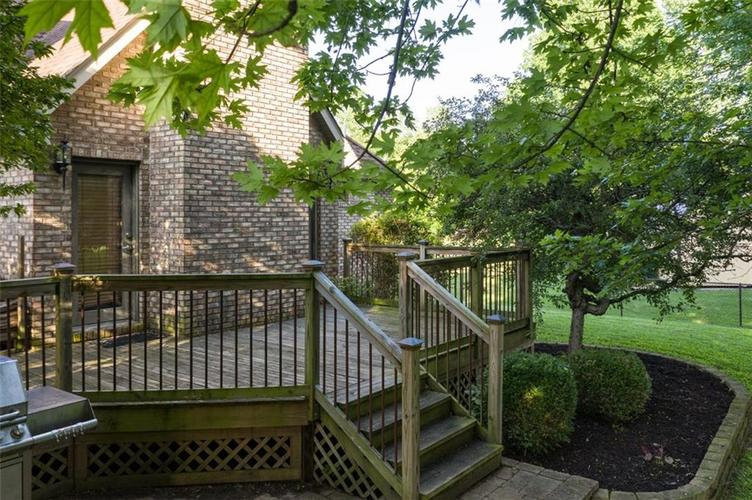 1045 Governors Lane Seymour, IN 47274 | MLS 21651716 | photo 11