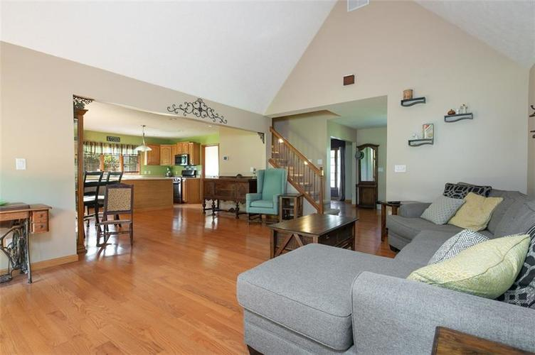 1045 Governors Lane Seymour, IN 47274 | MLS 21651716 | photo 18