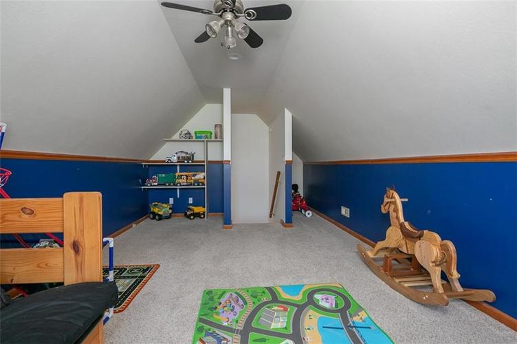 1045 Governors Lane Seymour, IN 47274 | MLS 21651716 | photo 24