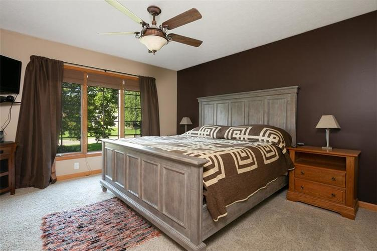 1045 Governors Lane Seymour, IN 47274 | MLS 21651716 | photo 28
