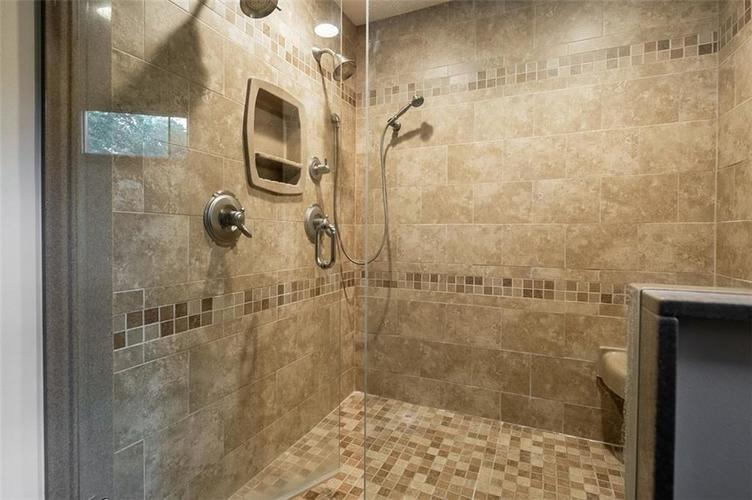 1045 Governors Lane Seymour, IN 47274 | MLS 21651716 | photo 33