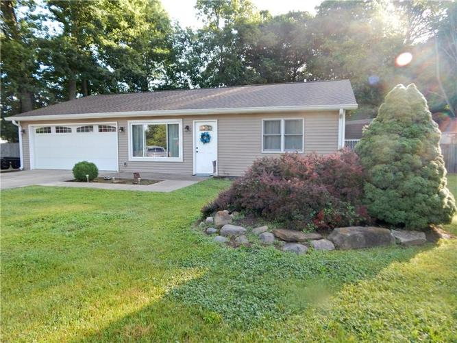1130 Robb Hill Road Martinsville, IN 46151 | MLS 21651809 | photo 1