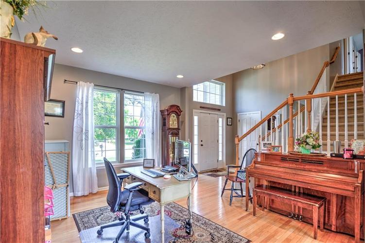 14155 AVALON EAST Drive Fishers, IN 46037 | MLS 21651910 | photo 6