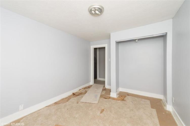 764 E 42nd Street Indianapolis, IN 46205 | MLS 21652145 | photo 6