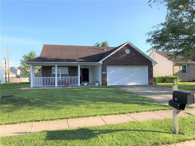 745 Cypress South Greenwood IN 46143 | MLS 21652175 | photo 1