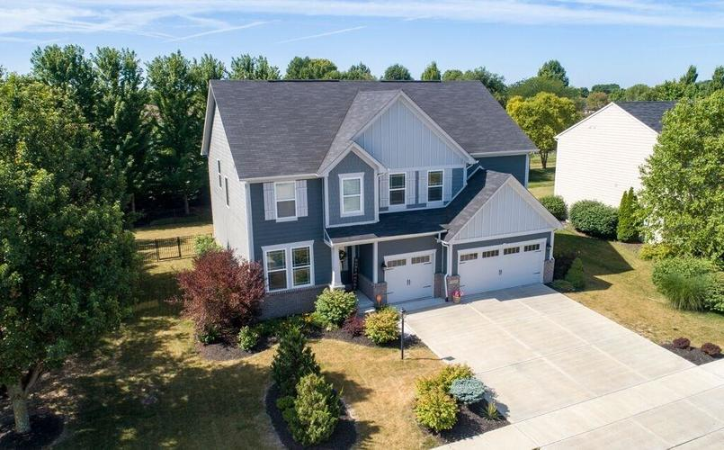 2044  Banburry Place Avon, IN 46123 | MLS 21652183