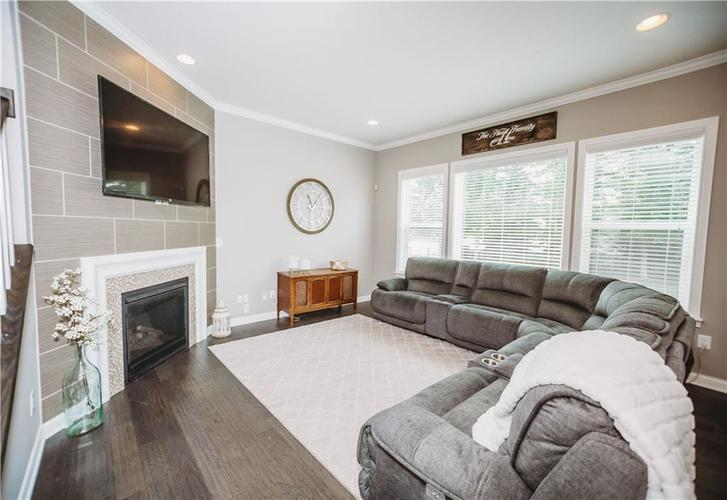 2044 Banburry Place Avon, IN 46123 | MLS 21652183 | photo 11