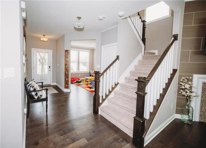 2044 Banburry Place Avon, IN 46123 | MLS 21652183 | photo 7
