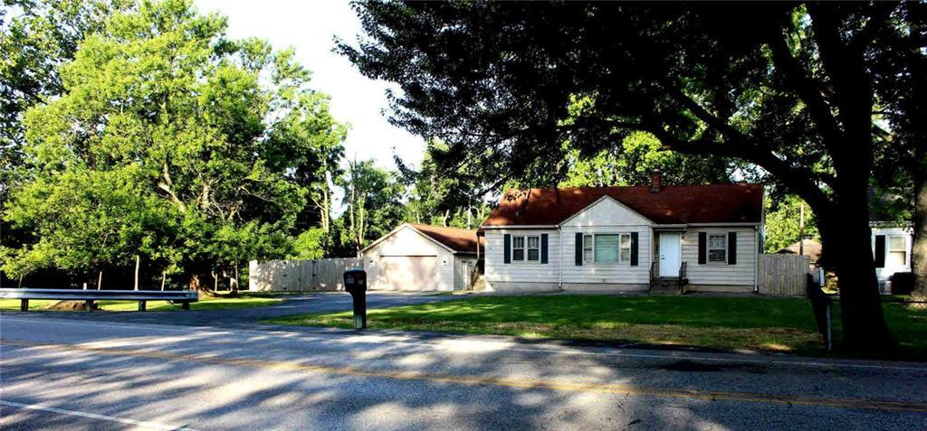 208 S High School Road Indianapolis, IN 46241   MLS 21652319   photo 1