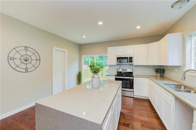 2308 Nowland Avenue Indianapolis, IN 46201 | MLS 21652337 | photo 16