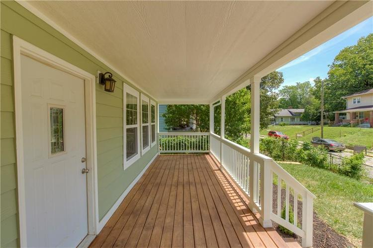 2308 Nowland Avenue Indianapolis, IN 46201 | MLS 21652337 | photo 3