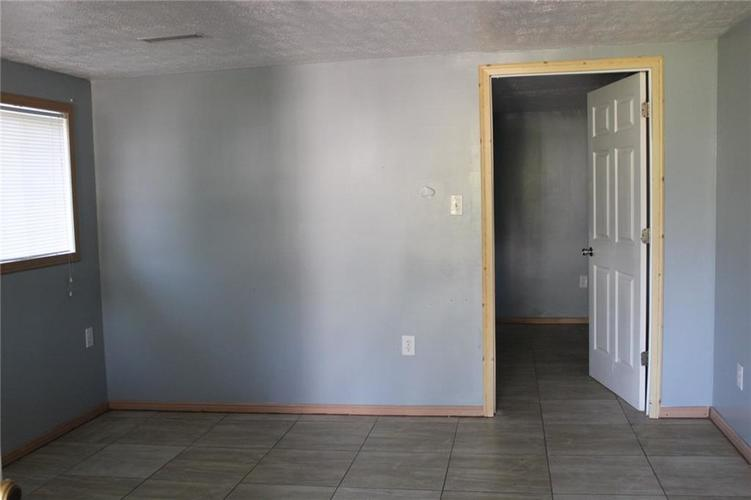 2917 Tindall Street Indianapolis, IN 46203 | MLS 21652573 | photo 14