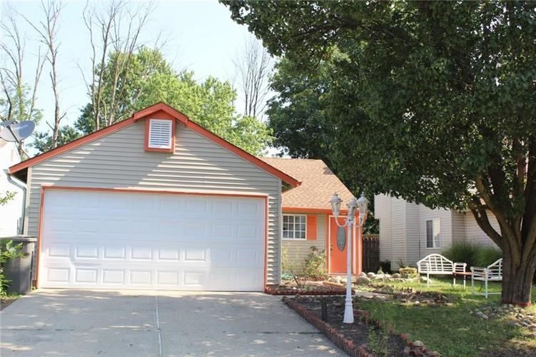 1846  Keystone Lakes Drive Indianapolis, IN 46237 | MLS 21652614