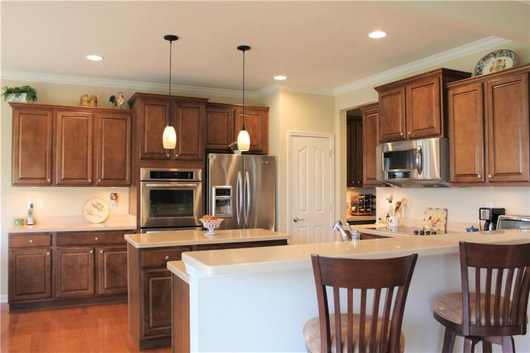 16215 Brookmere Avenue Fishers, IN 46037   MLS 21652628   photo 10
