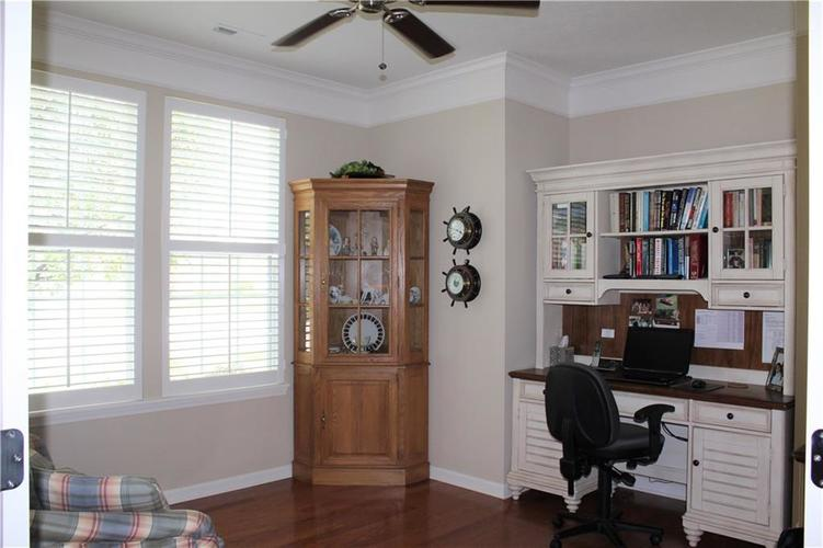 16215 Brookmere Avenue Fishers, IN 46037   MLS 21652628   photo 17