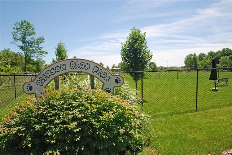 16215 Brookmere Avenue Fishers, IN 46037   MLS 21652628   photo 40