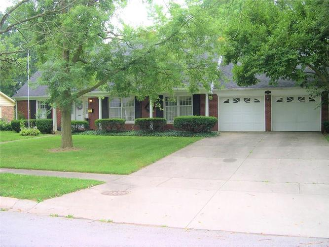 125 W Maple Drive Lebanon, IN 46052 | MLS 21652655