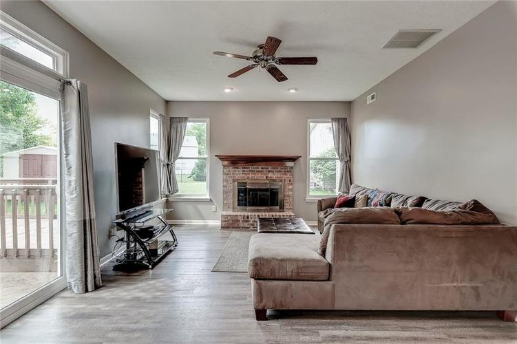 20371 Country Lake Boulevard Noblesville, IN 46062 | MLS 21652801 | photo 16