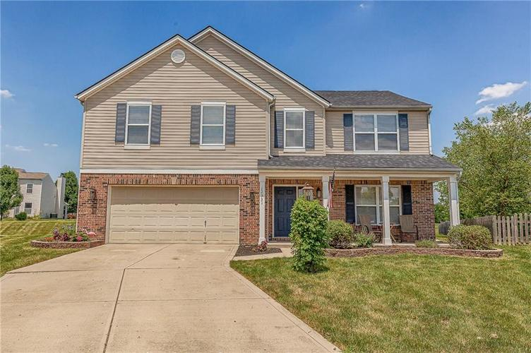 12331  CHISELED STONE Drive Fishers, IN 46037 | MLS 21652808
