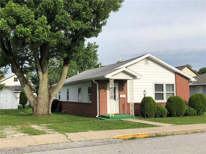 710  Oak Street Tipton, IN 46072 | MLS 21652864