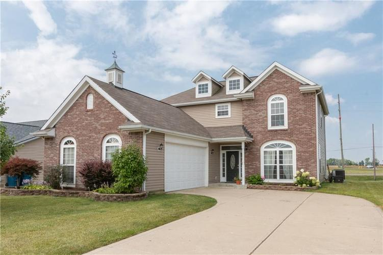 1592  Whisler Drive Greenfield, IN 46140 | MLS 21652877