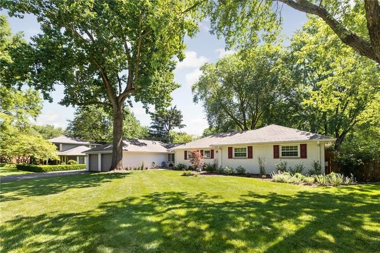1720 E 81st Street Indianapolis, IN 46240   MLS 21652888   photo 2
