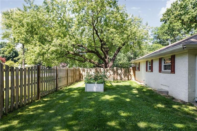 1720 E 81st Street Indianapolis, IN 46240   MLS 21652888   photo 32