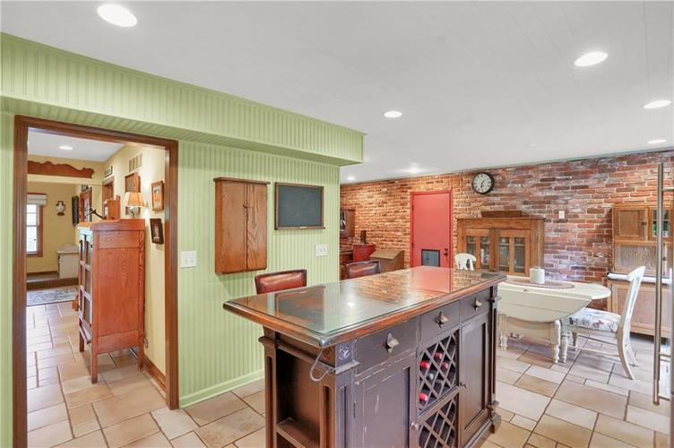 246 Saddlebrook Drive Zionsville, IN 46077 | MLS 21652914 | photo 10