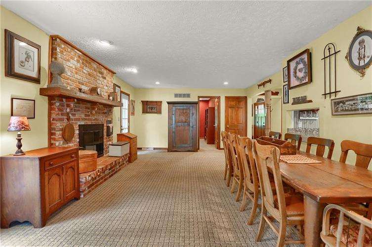 246 Saddlebrook Drive Zionsville, IN 46077 | MLS 21652914 | photo 4
