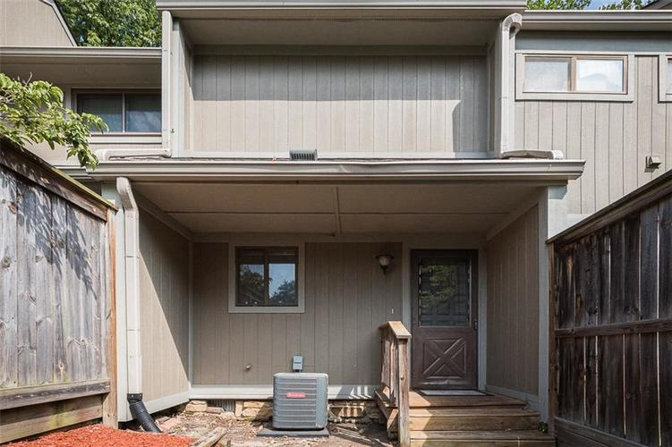4208 FOXGLOVE TRACE Indianapolis, IN 46237 | MLS 21652924 | photo 1