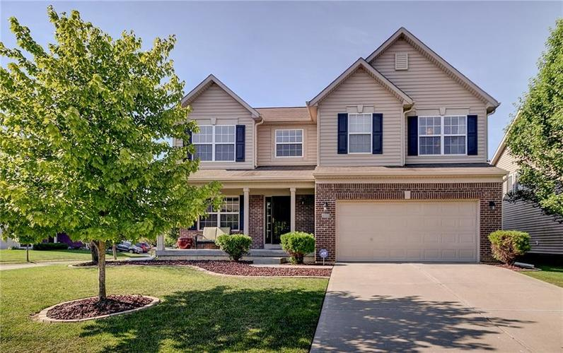 11825  Traymoore Drive Fishers, IN 46038 | MLS 21652965