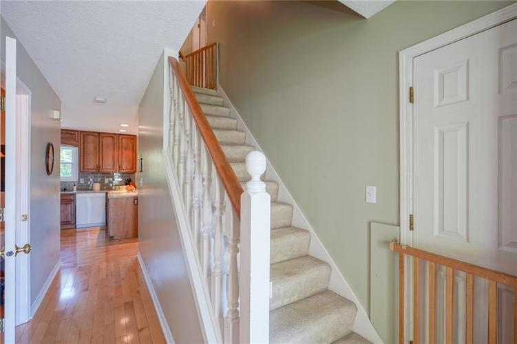 7719 Golf Club Court Indianapolis, IN 46236 | MLS 21653018 | photo 3