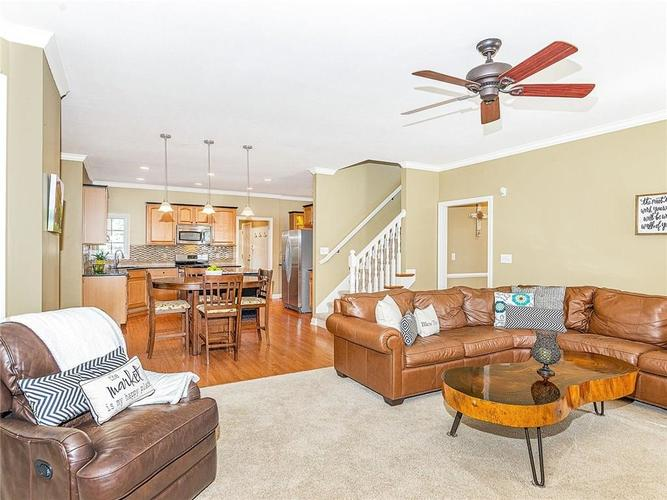 9816 NORTHWIND Drive Indianapolis, IN 46256 | MLS 21653087 | photo 13