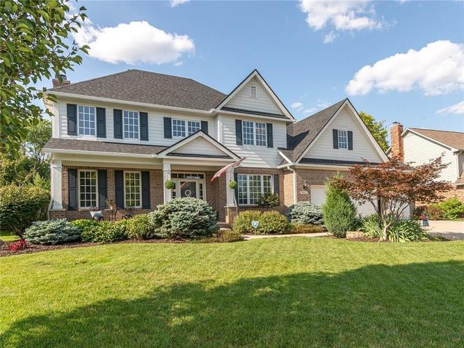 9816 NORTHWIND Drive Indianapolis, IN 46256 | MLS 21653087 | photo 2