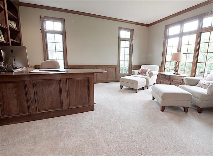 13010 CRICKLEWOOD Court Carmel, IN 46033 | MLS 21653126 | photo 13