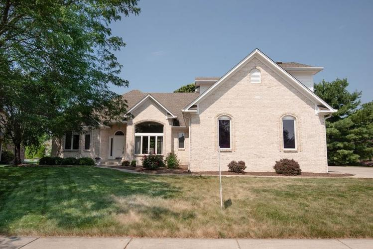4583 OSPREY Drive Greenwood, IN 46143 | MLS 21653189 | photo 1