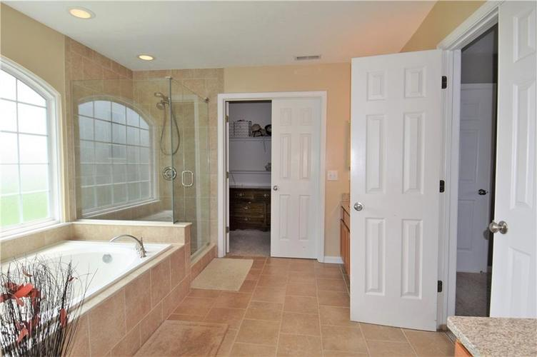 8339 Barstow Drive Fishers, IN 46038 | MLS 21653337 | photo 22