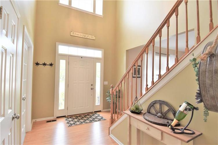 8339 Barstow Drive Fishers, IN 46038 | MLS 21653337 | photo 3