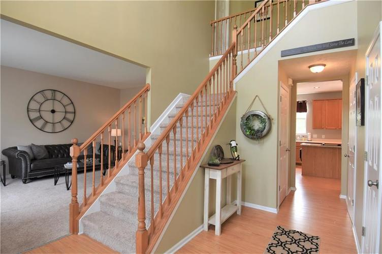 8339 Barstow Drive Fishers, IN 46038 | MLS 21653337 | photo 4